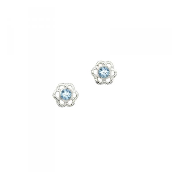 Ohrstecker in 925´er Sterling Silber mit einem perfekt geschliffenen Stein in hellbalu
